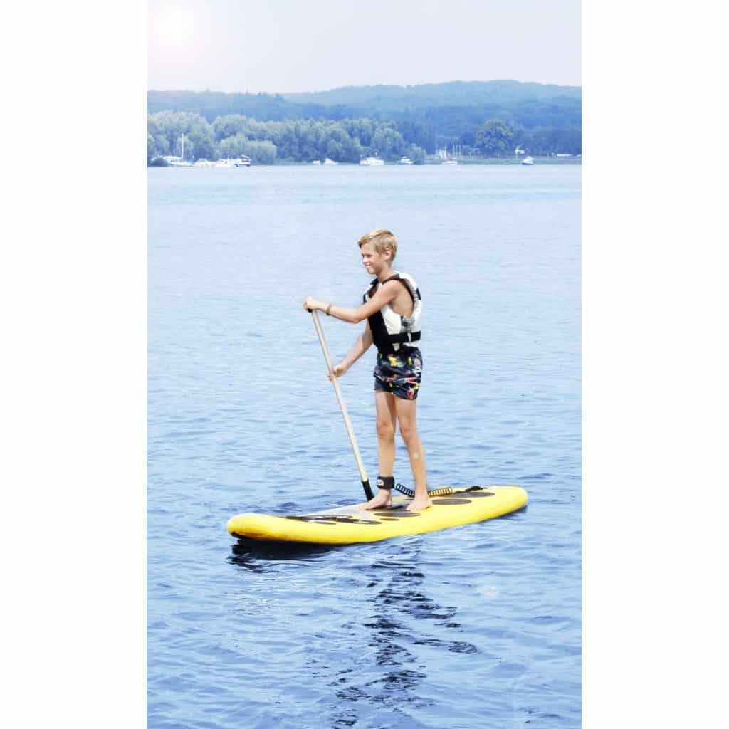 Aqua Marina Vibrant Inflatable Stand-up Paddle Board